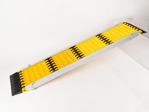 Купить онлайн Комплект алюминиевых направляющих для складной рампы Uniko 6 в 1