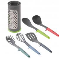 Купить онлайн Кухонная утварь 6 штук: макаронная ложка, венчик, токарь, сервировочная ложка, ковш, терка